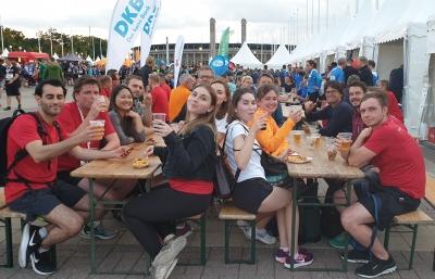 Gemeinsam feiern: Unser Team nach dem Lauf. Foto: HBI